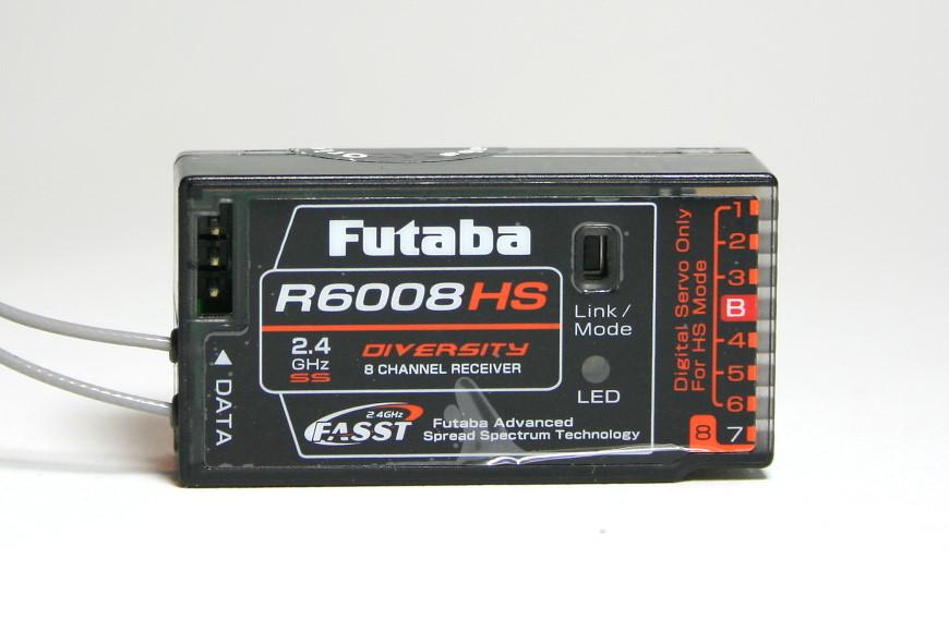 Empfänger: Futaba R6008HS